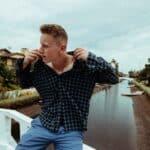 "Single Review: 30 – ""Homesick"""